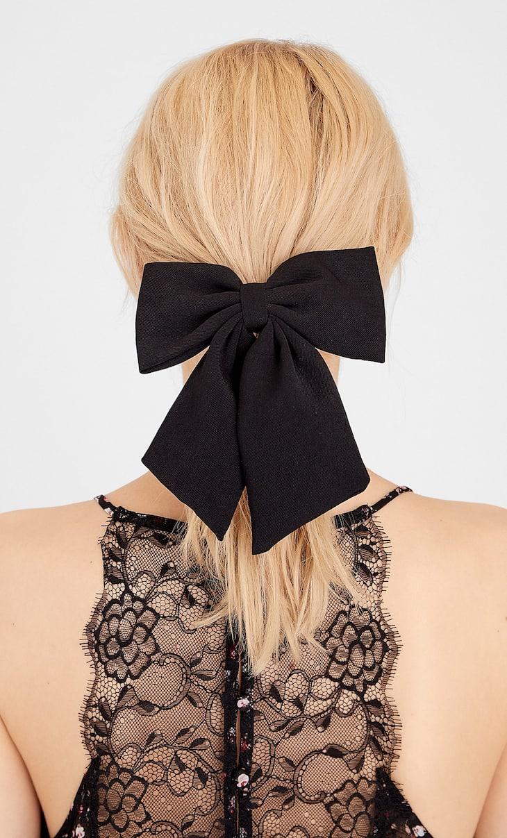 STR hair bow