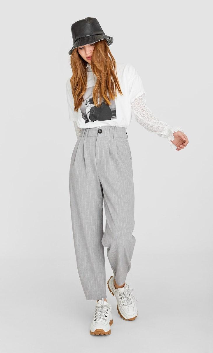 Pantalon ample coupe tailleur à rayures