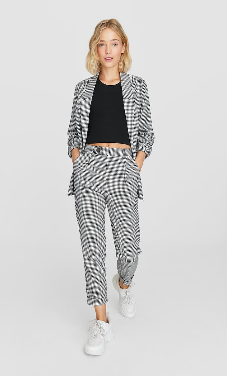 Checked carrot fit trousers