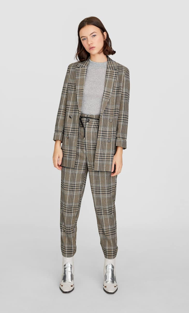 Houndstooth carrot fit trousers