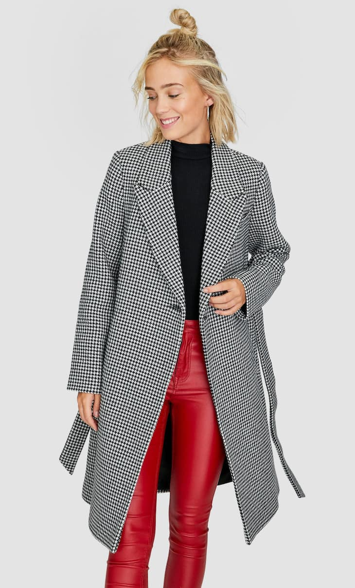 Houndstooth coat with belt