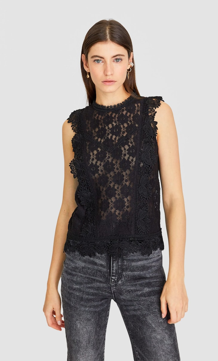 Top crochet volant
