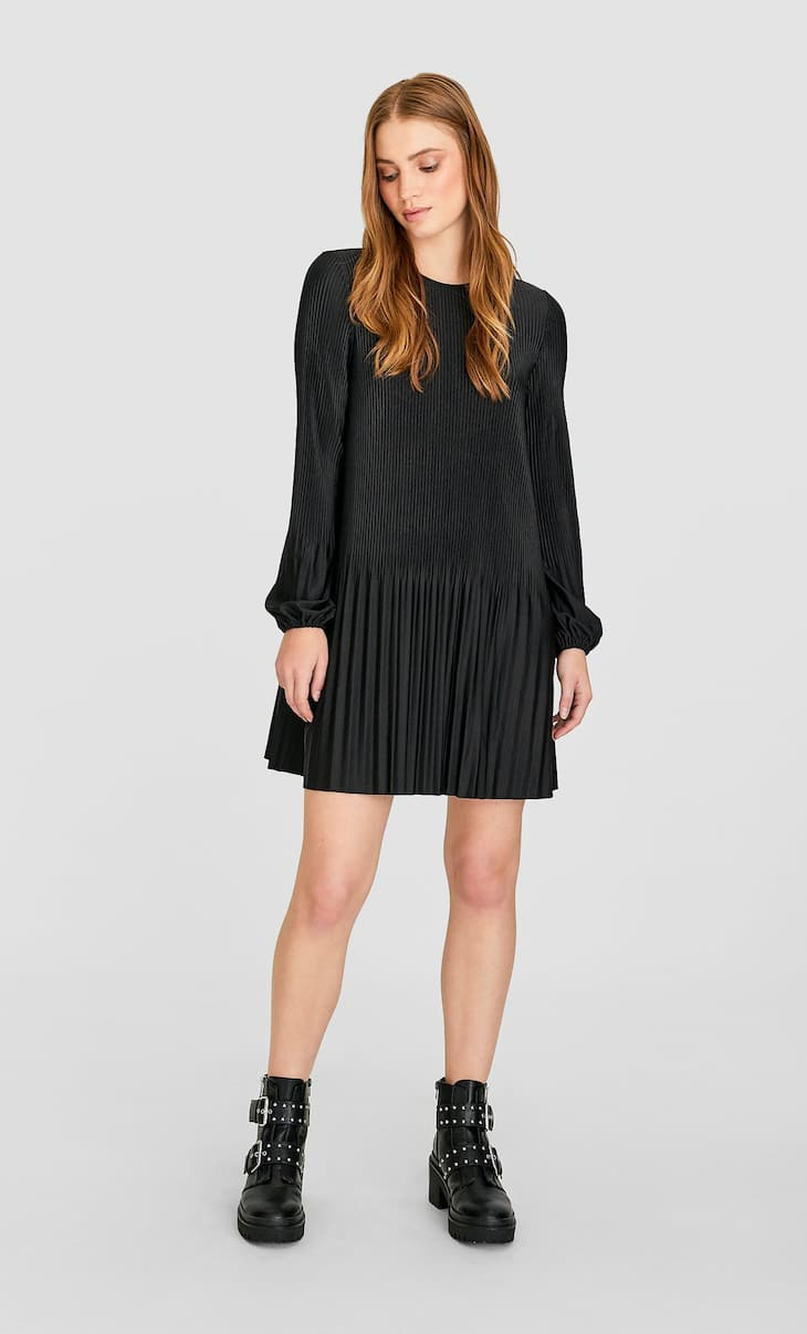 Pleated short dress