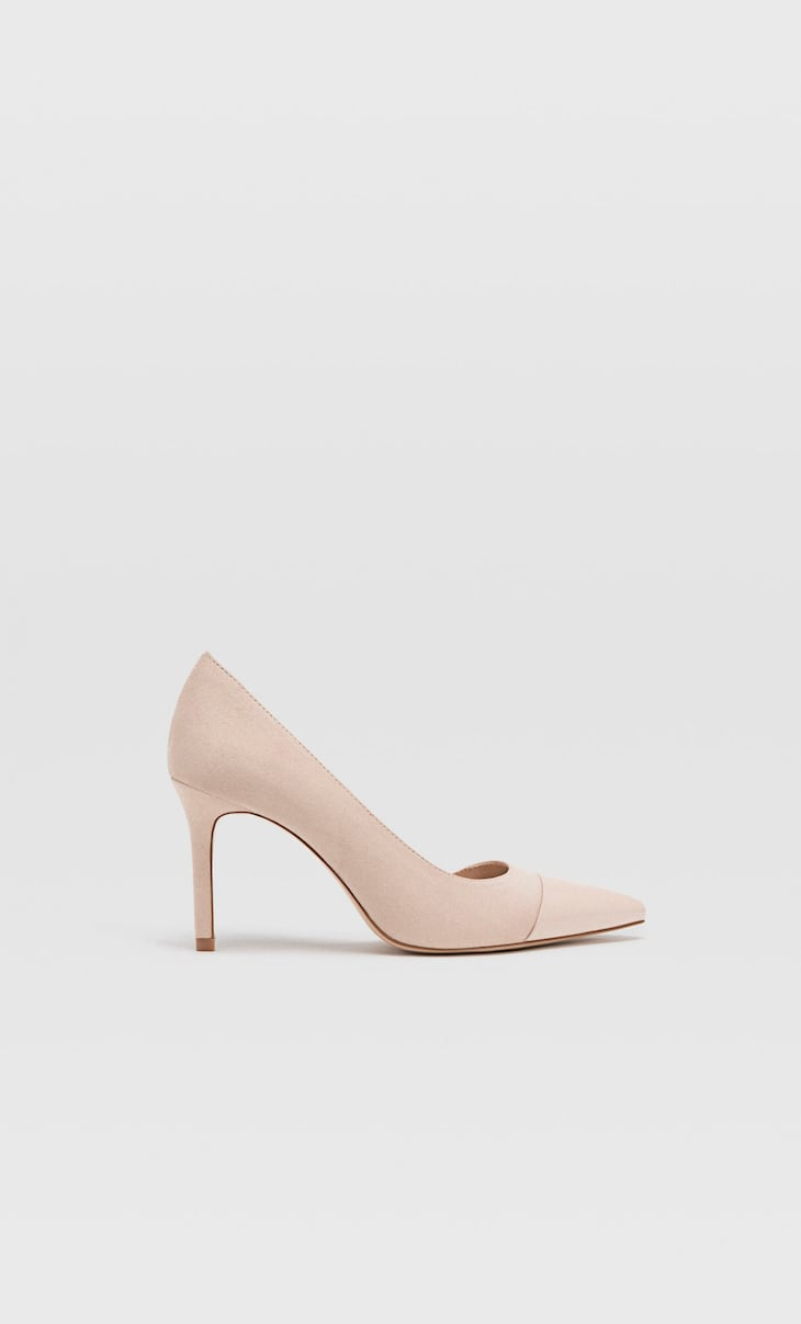 Combined pink high heel shoes