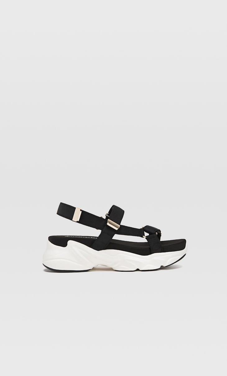 Sandali sportivi neri con plateau