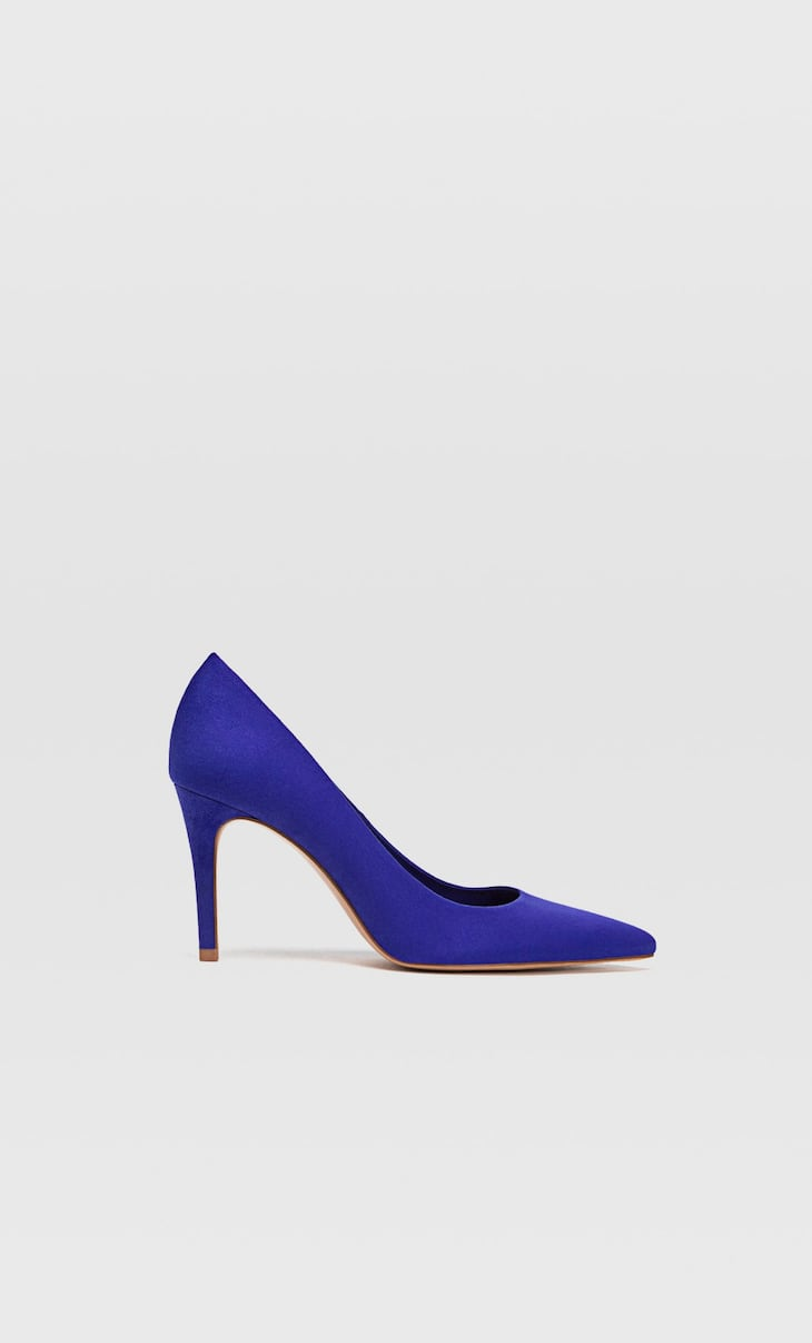 Blue stiletto heel shoes