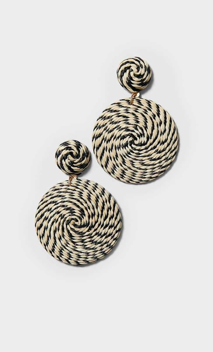 Two-tone raffia earrings