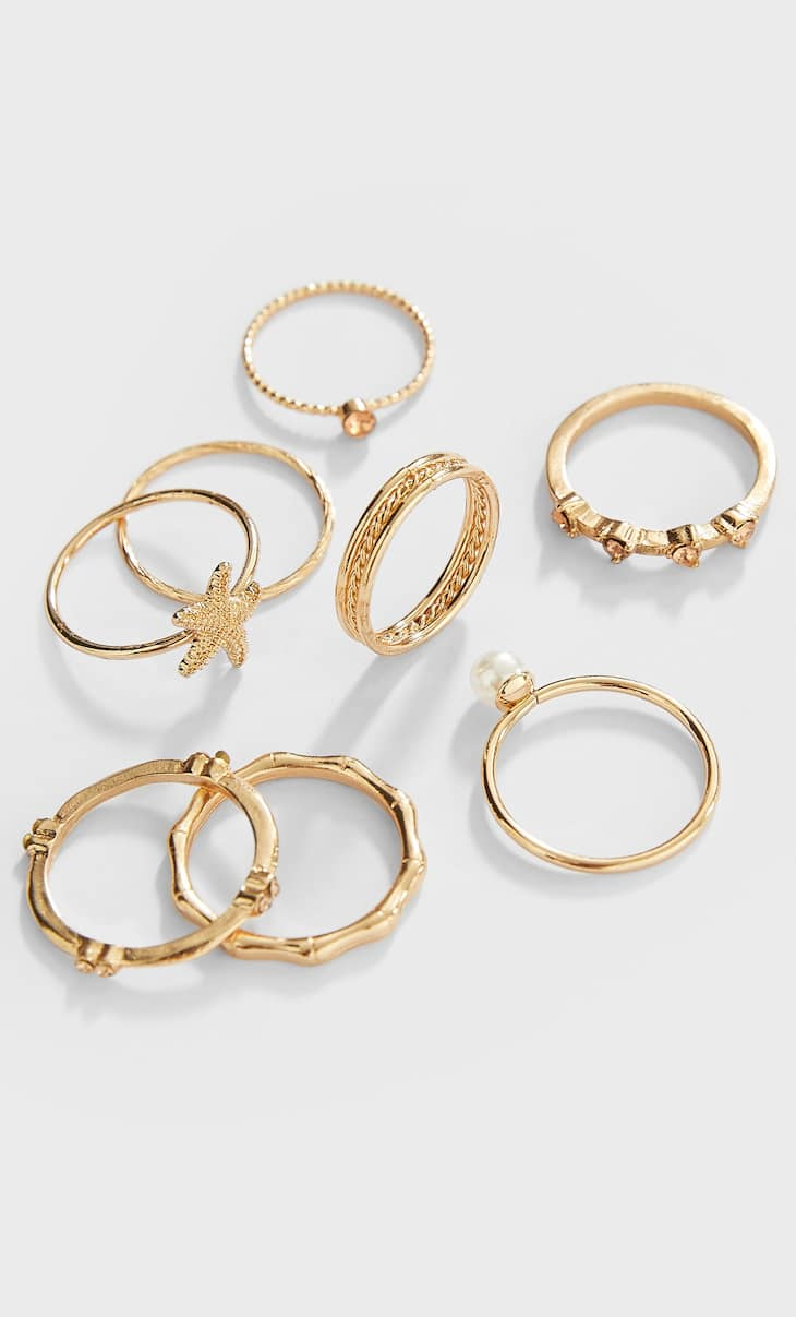 Set of 7 star rings