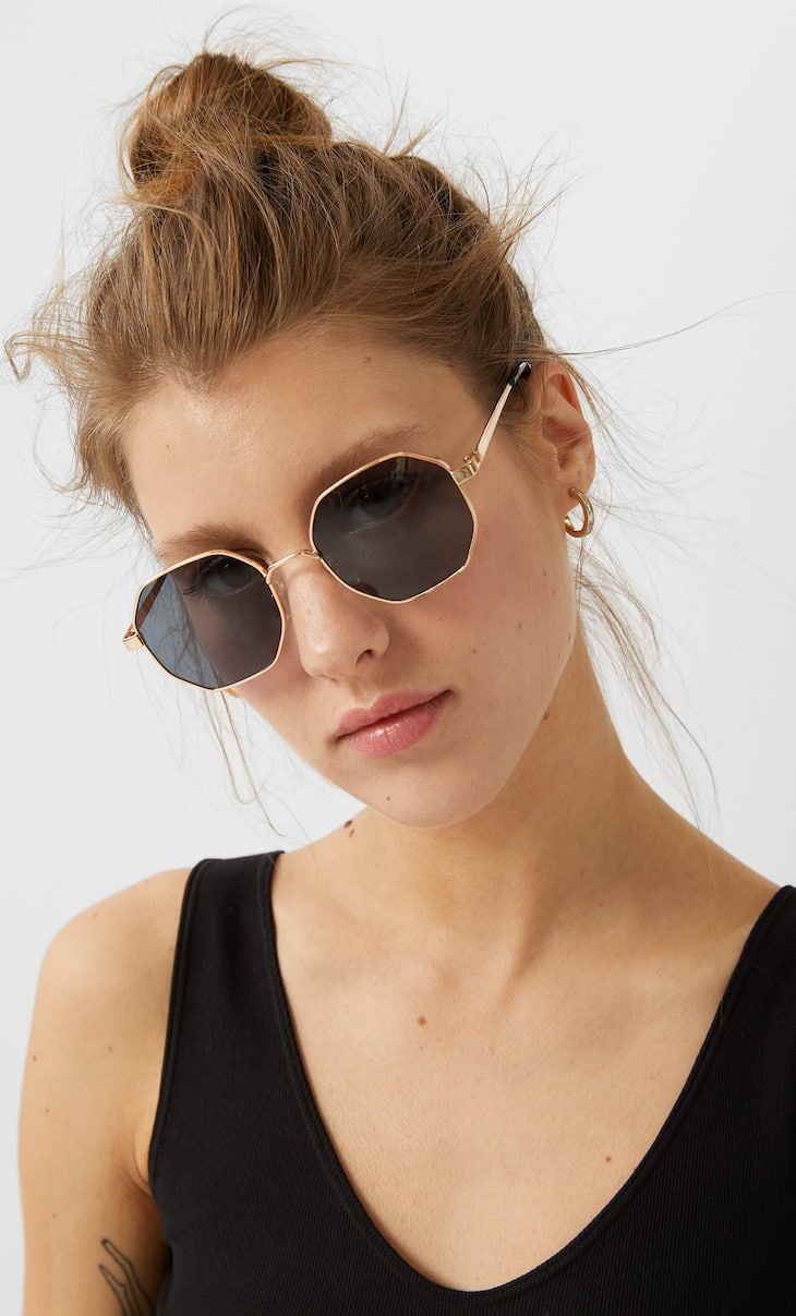 Metallic geometric sunglasses