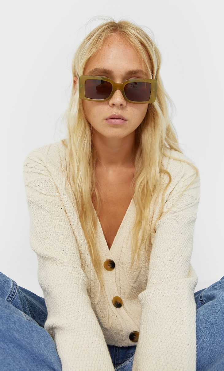 Rectangular resin sunglasses
