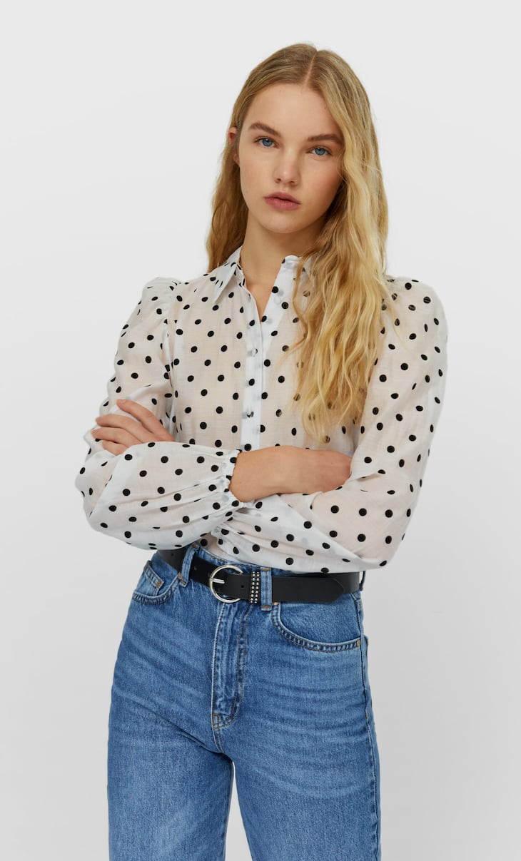 Polka dot shirt with puff sleeves