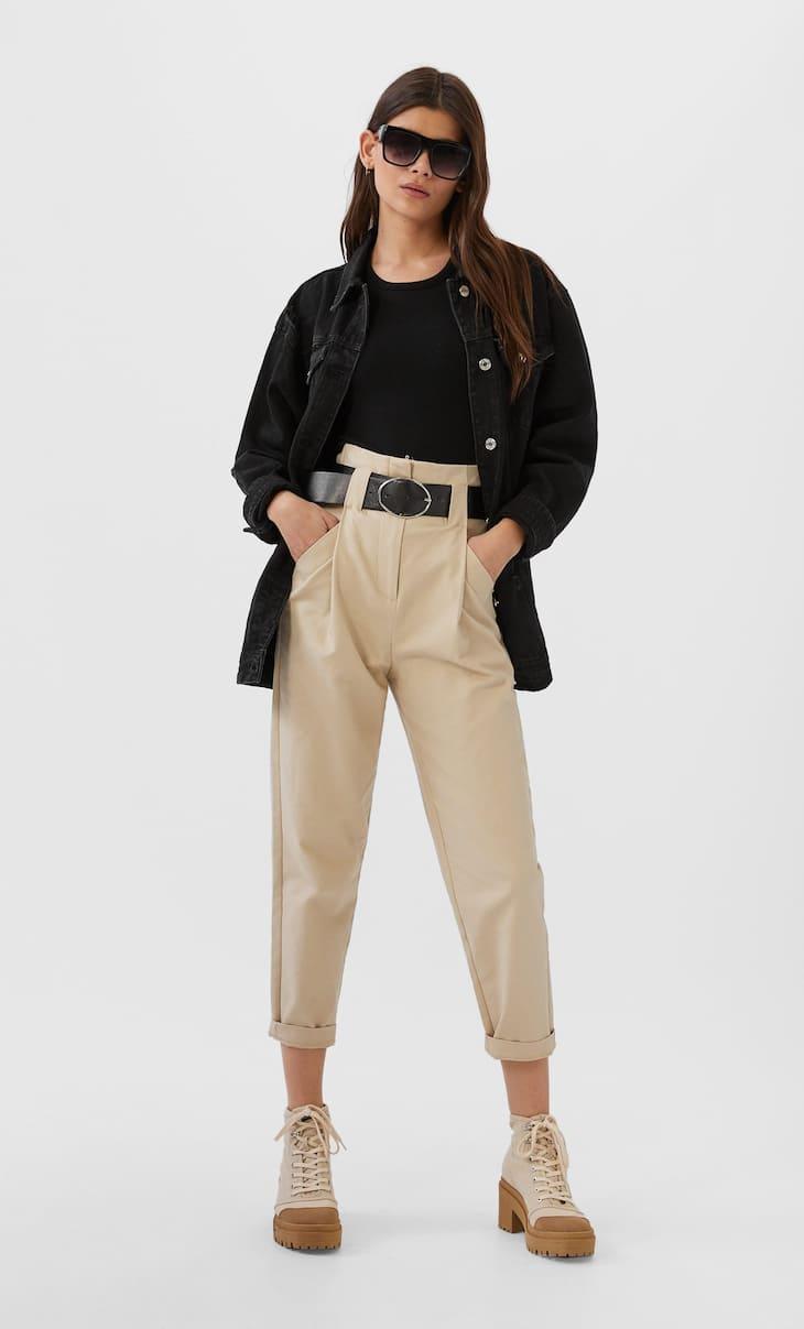 ז'אקט ג'ינס אוברסייז עם קרעים