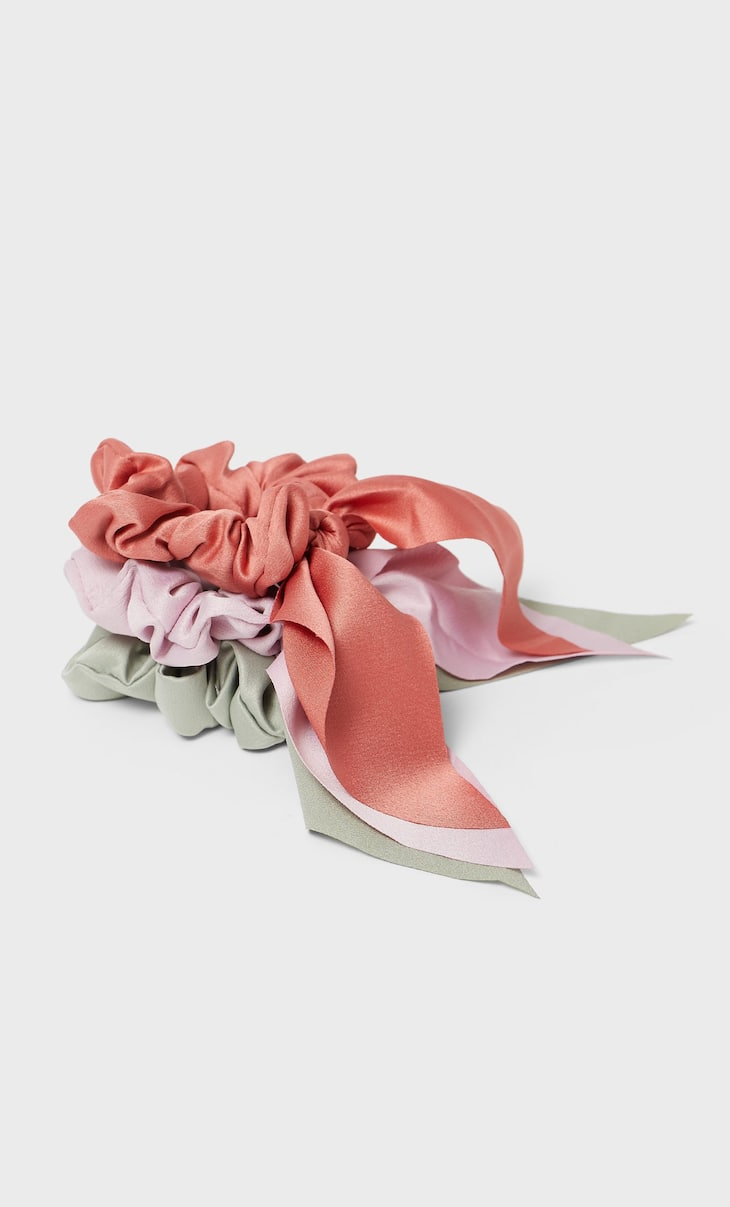 Set of 3 satin bow scrunchies
