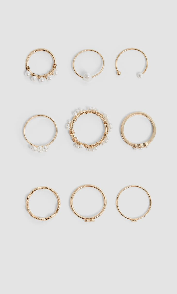 Set of 9 pearl rings