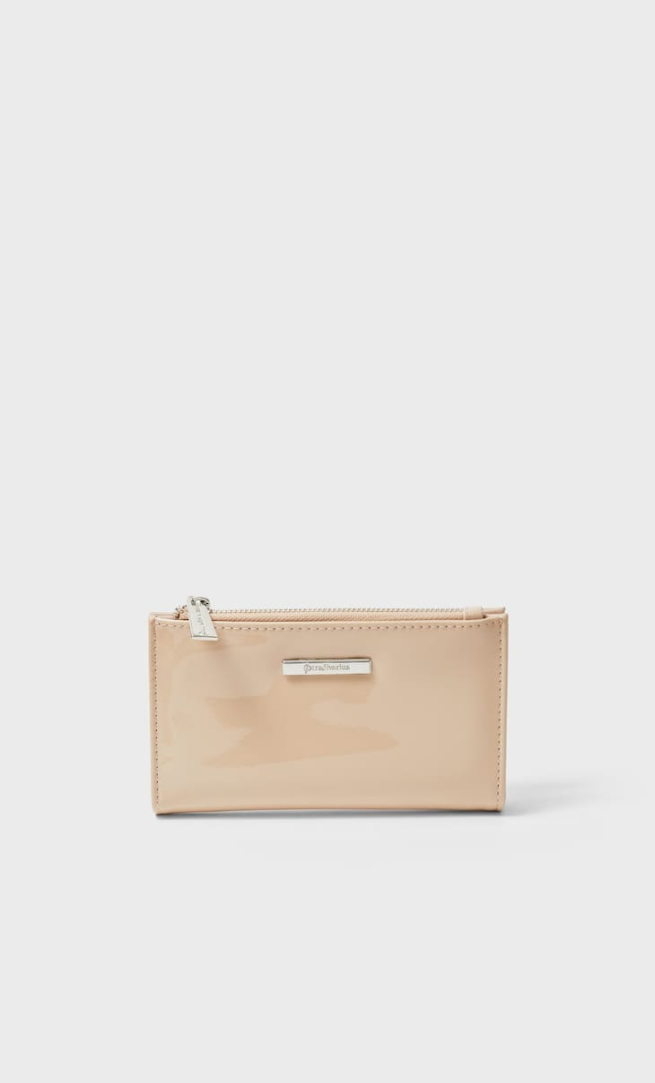 Patent finish purse