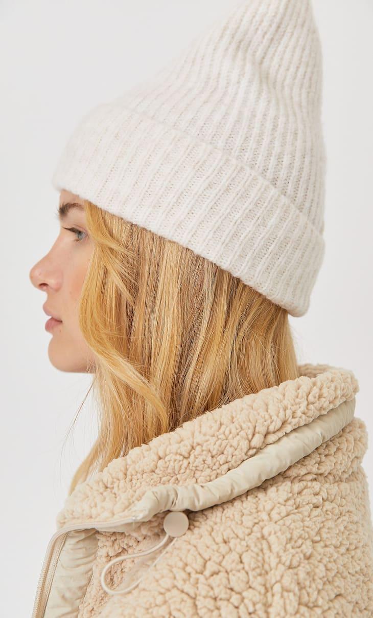Базовая шапка-бини