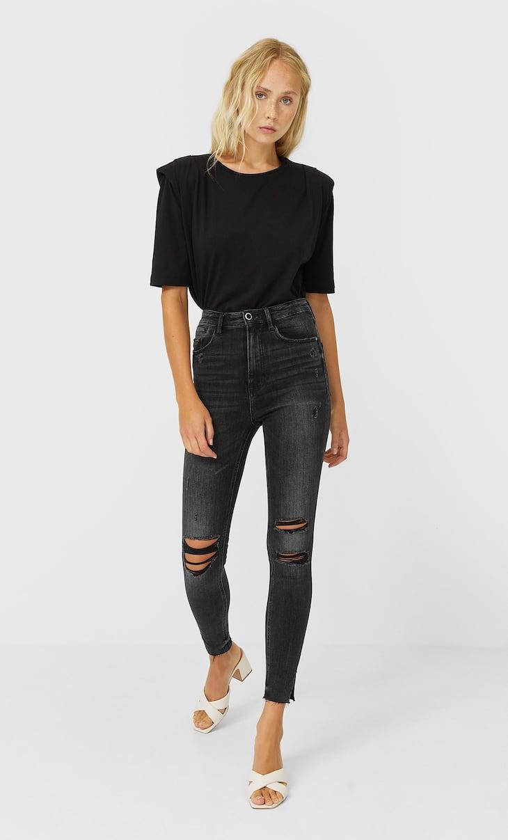 Jeans skinny rotos.