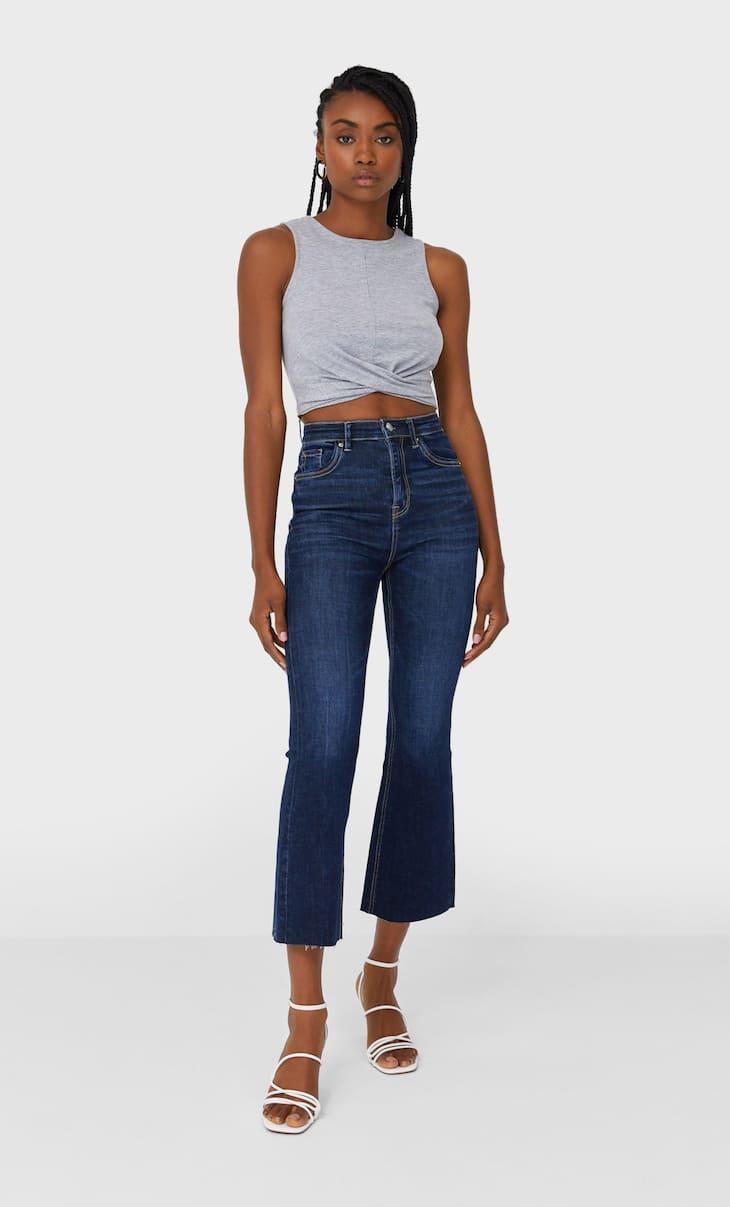 Укорочені розкльошені джинси