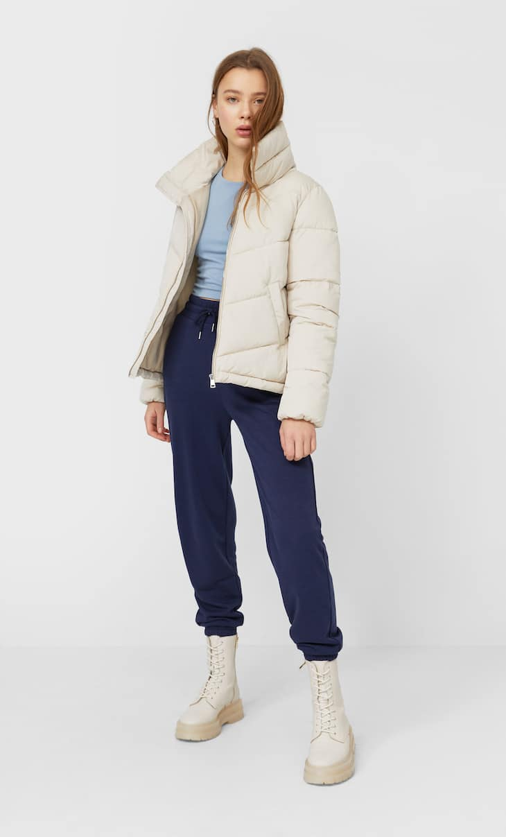 Puffer jacket with a funnel collar