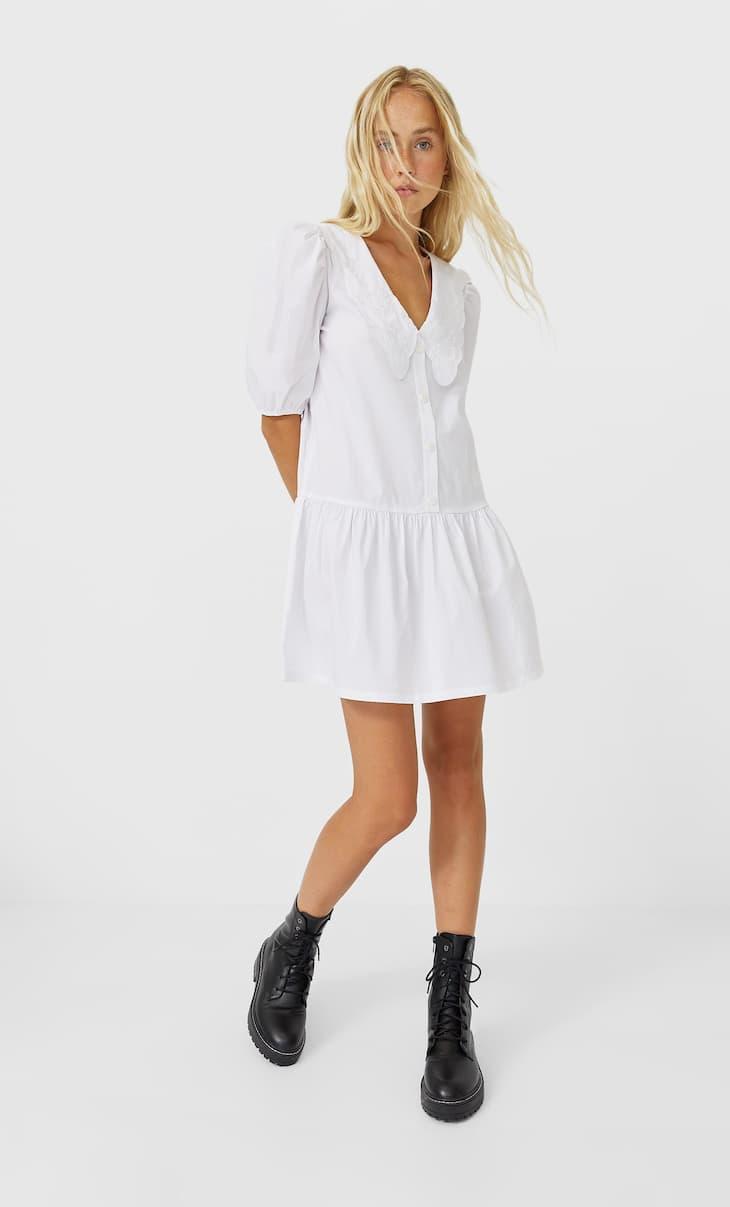 שמלת חולצה עם צווארון עם פינות מעוגלות
