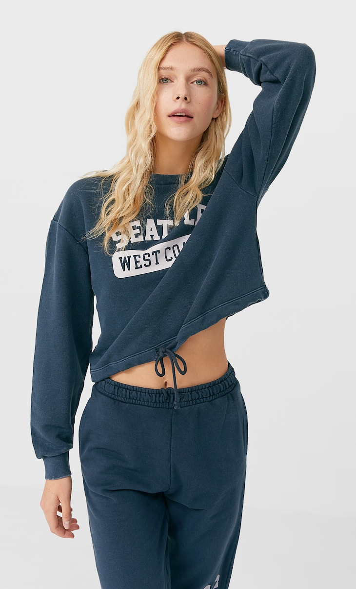 Acid wash cropped sweatshirt