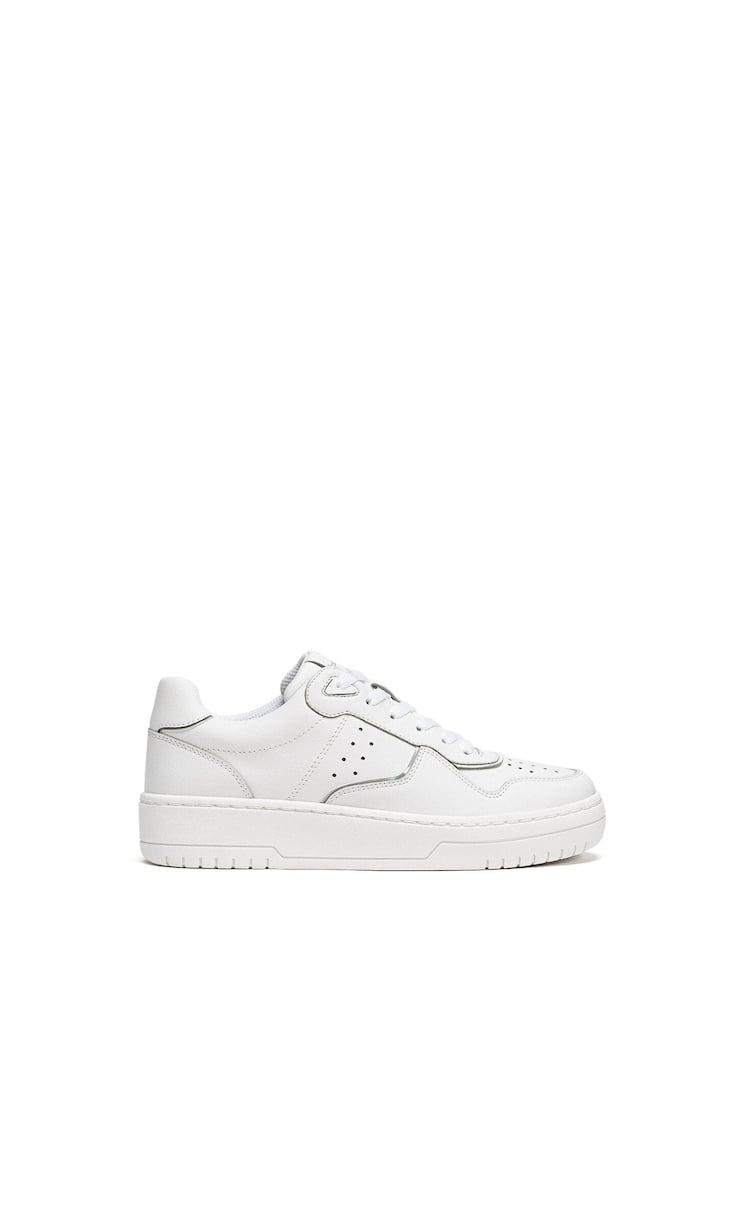 Sneakers con dettaglio di elementi