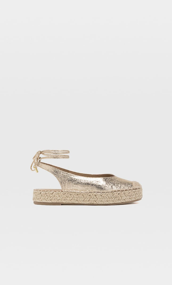 Slingback espadrilles with ties