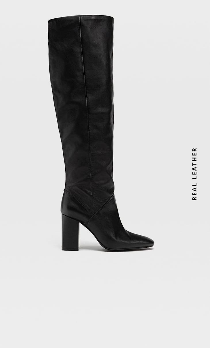 High-heel leather boots