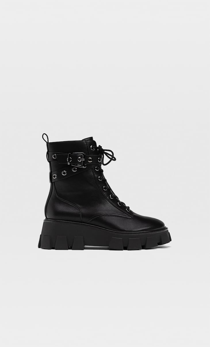 Track-sole platform lace-up ankle boots