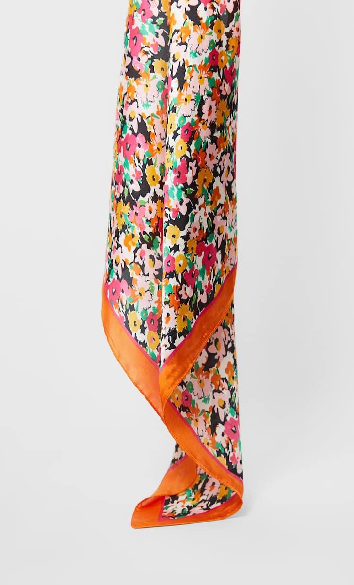 Μπαντάνα μαντήλι με λουλούδια