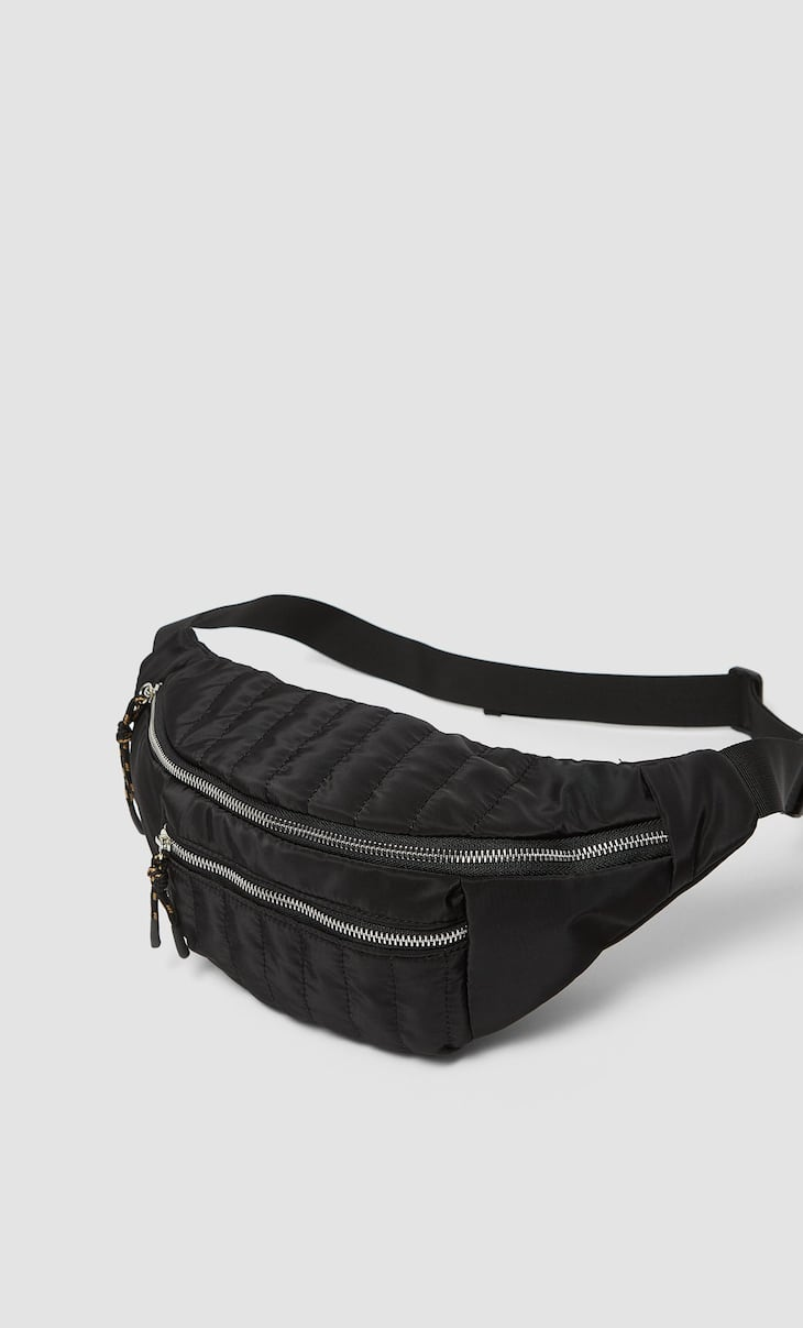 Belt bag with zip pulls