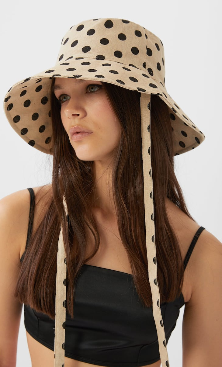 Polka dot bucket hat