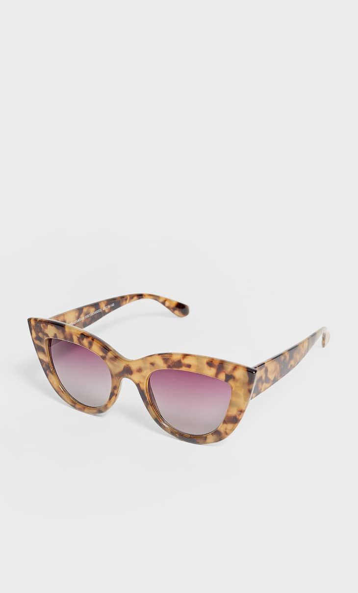 Large tortoiseshell cateye sunglasses