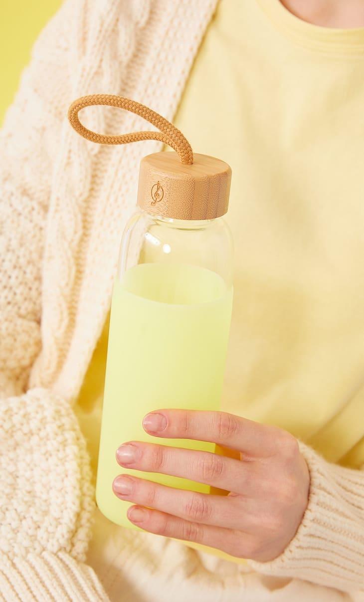 Flasche aus Glas und Silikon