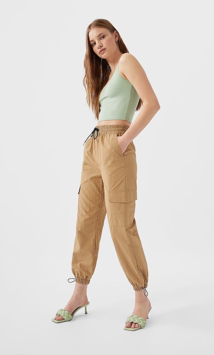Pantaloni modello militare