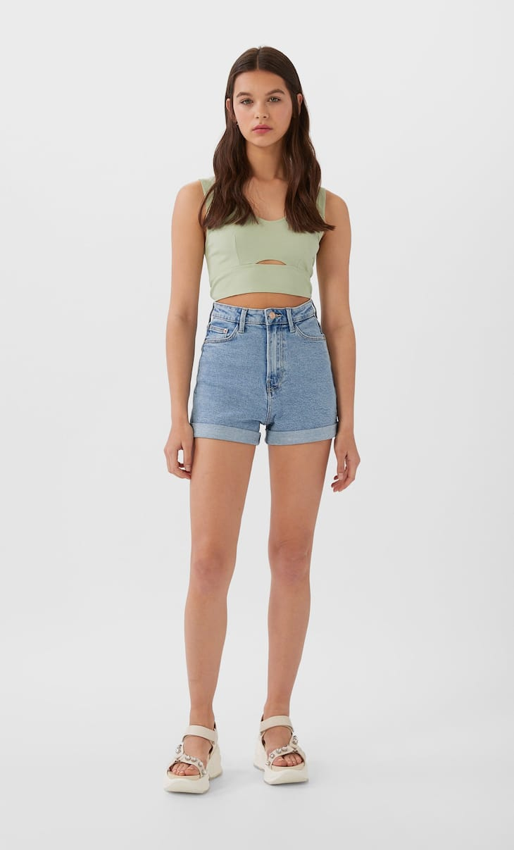 Slim fit mom shorts