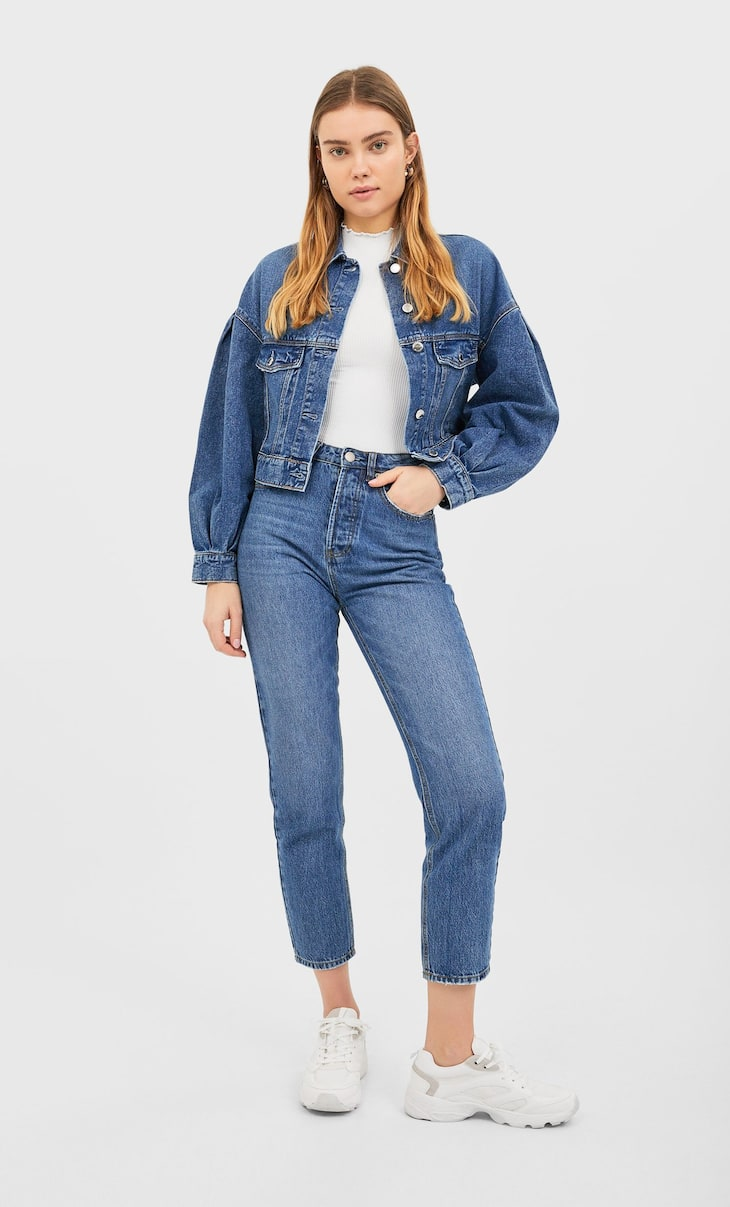 Cropped denim jack met pofmouwen