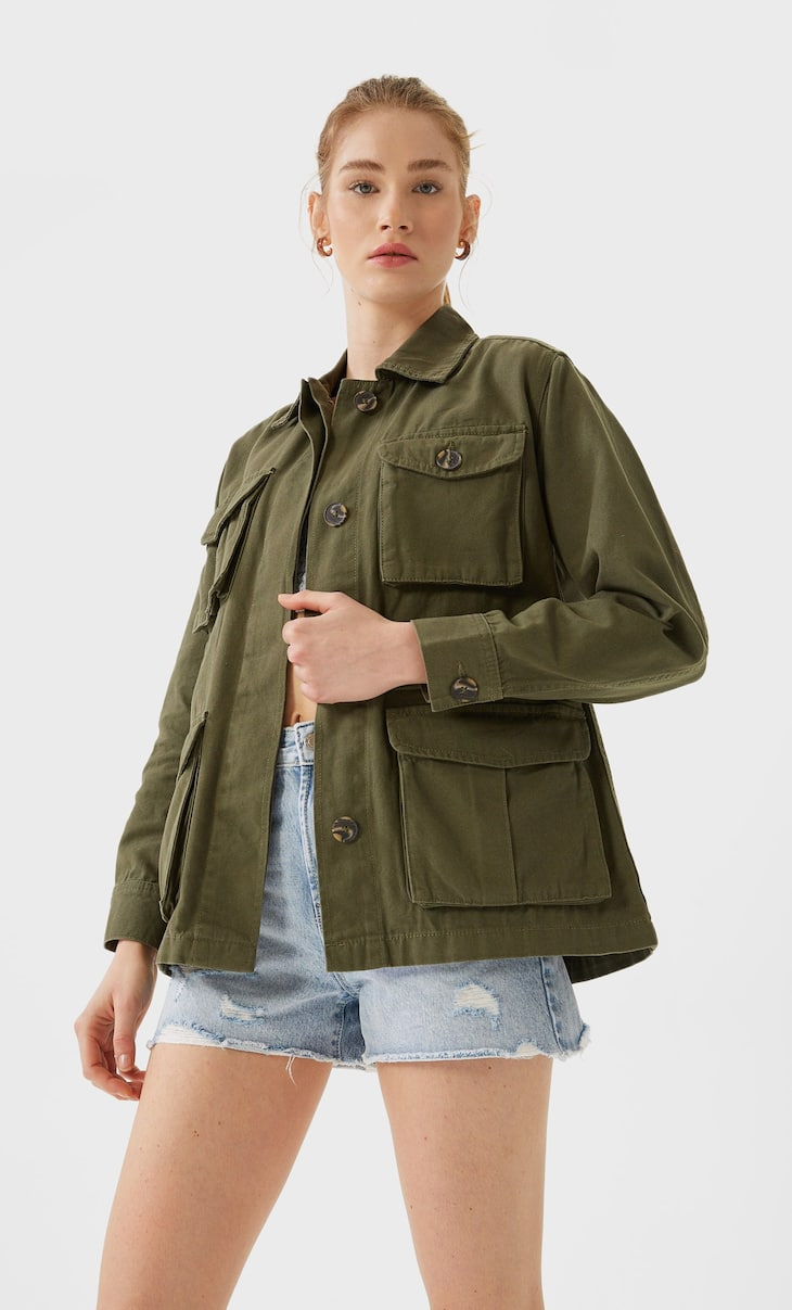 Safari jacket with multiple pockets