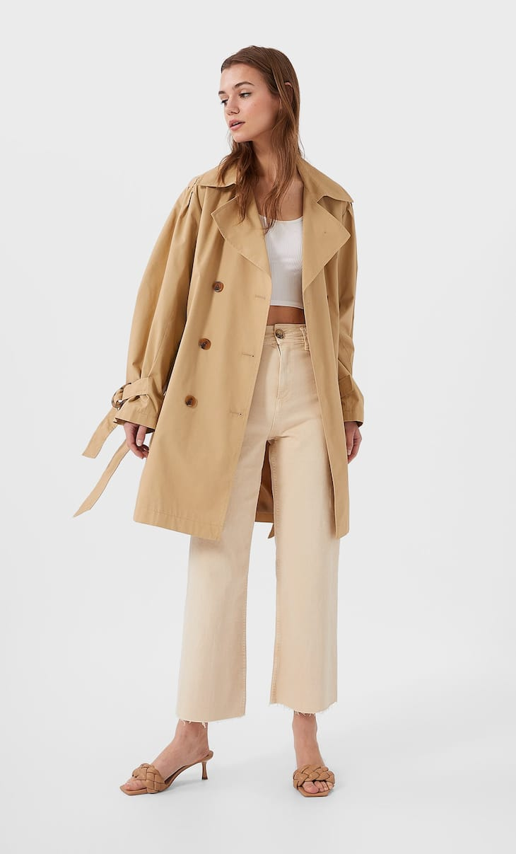 Trench coat with puff sleeves