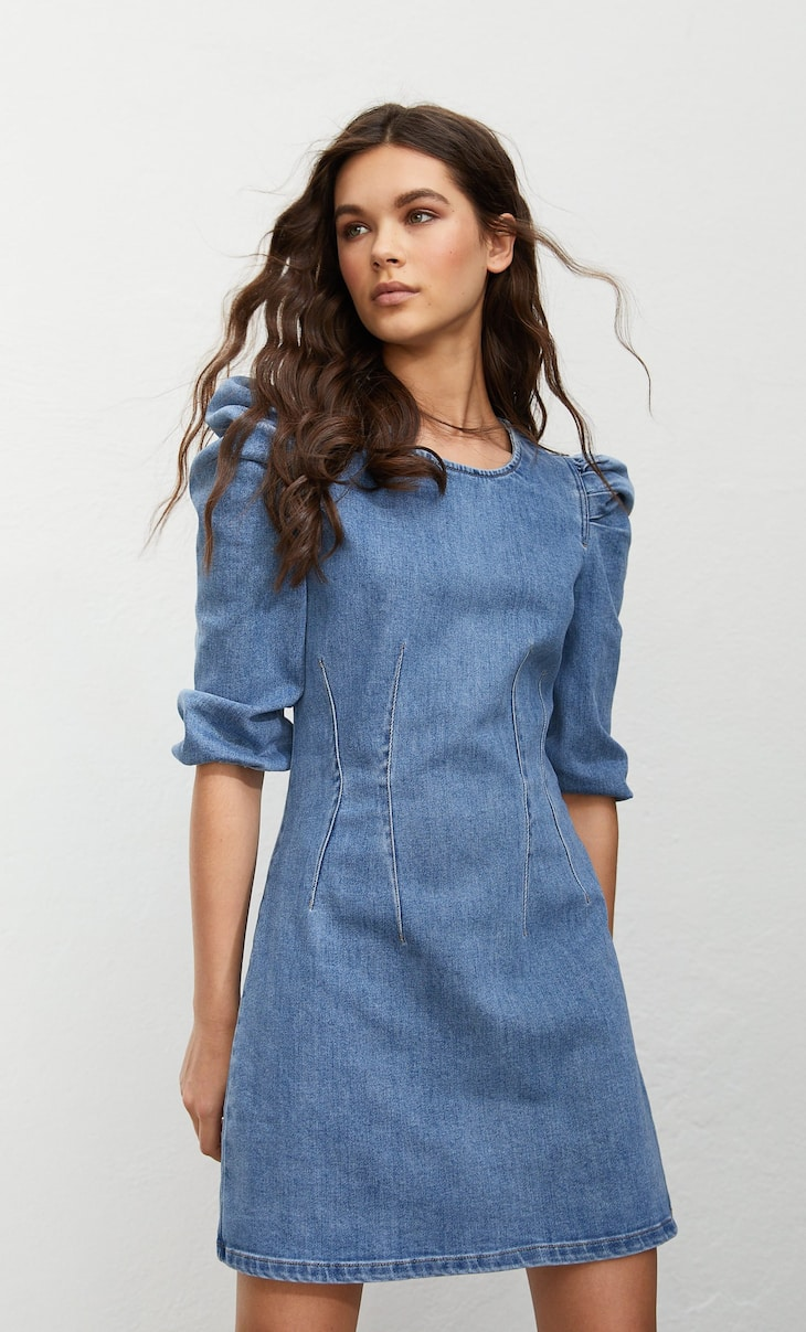 Robe en denim à manches bouffantes