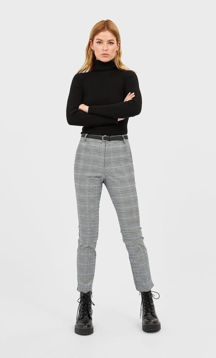 Pantaloni eleganți cu curea