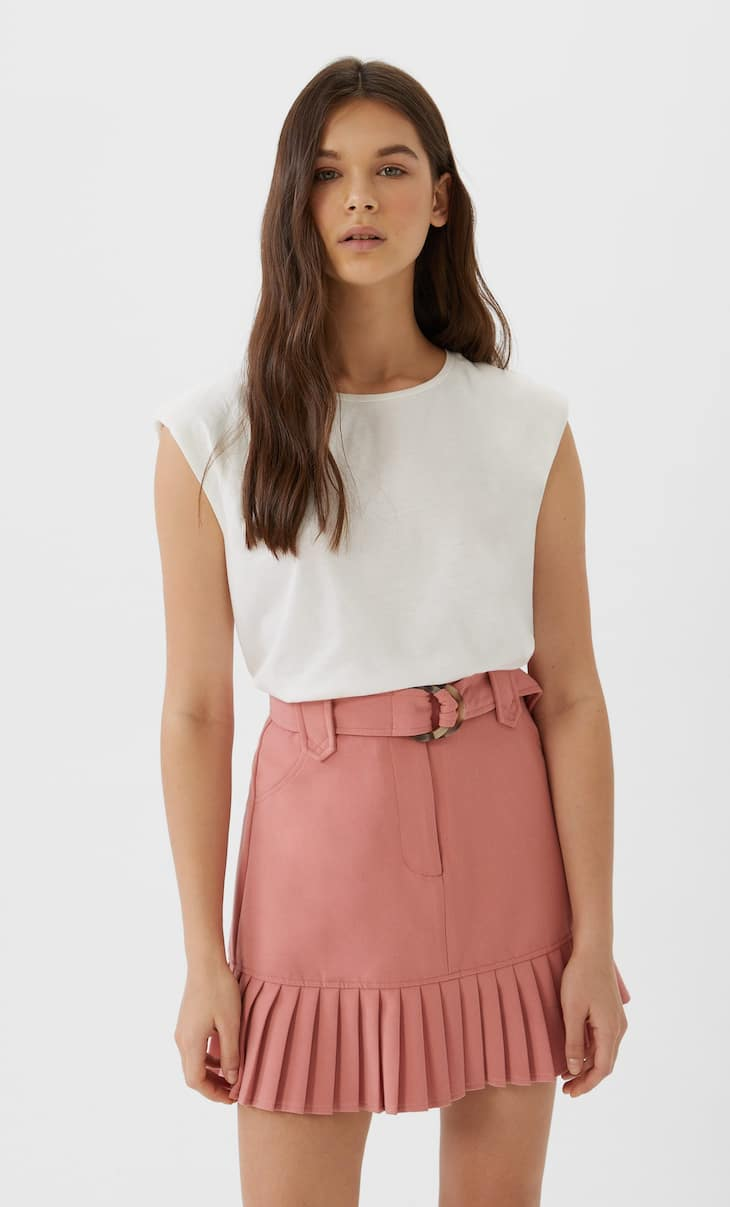 Μίνι φούστα με πλισέ τελείωμα