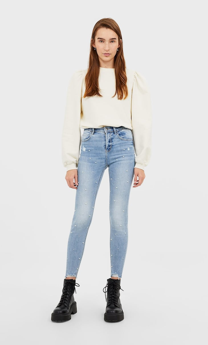 High waist jeans with pearl beads