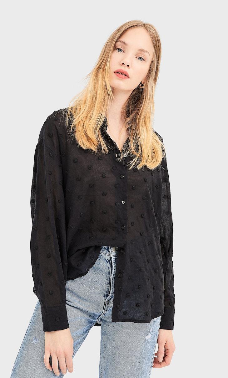 Chemise à pois brodés