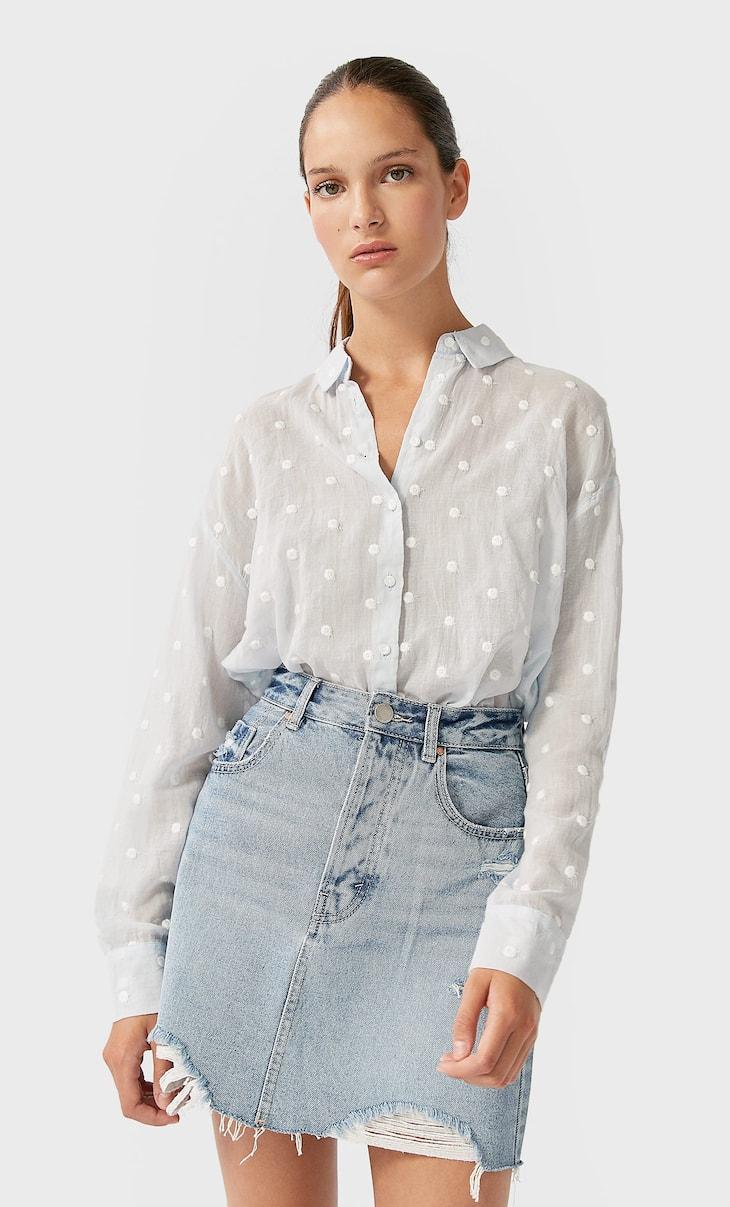 Рубашка с вышивкой в горошек