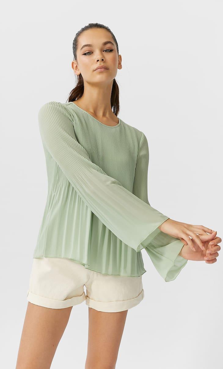 Blusa plisada manga larga