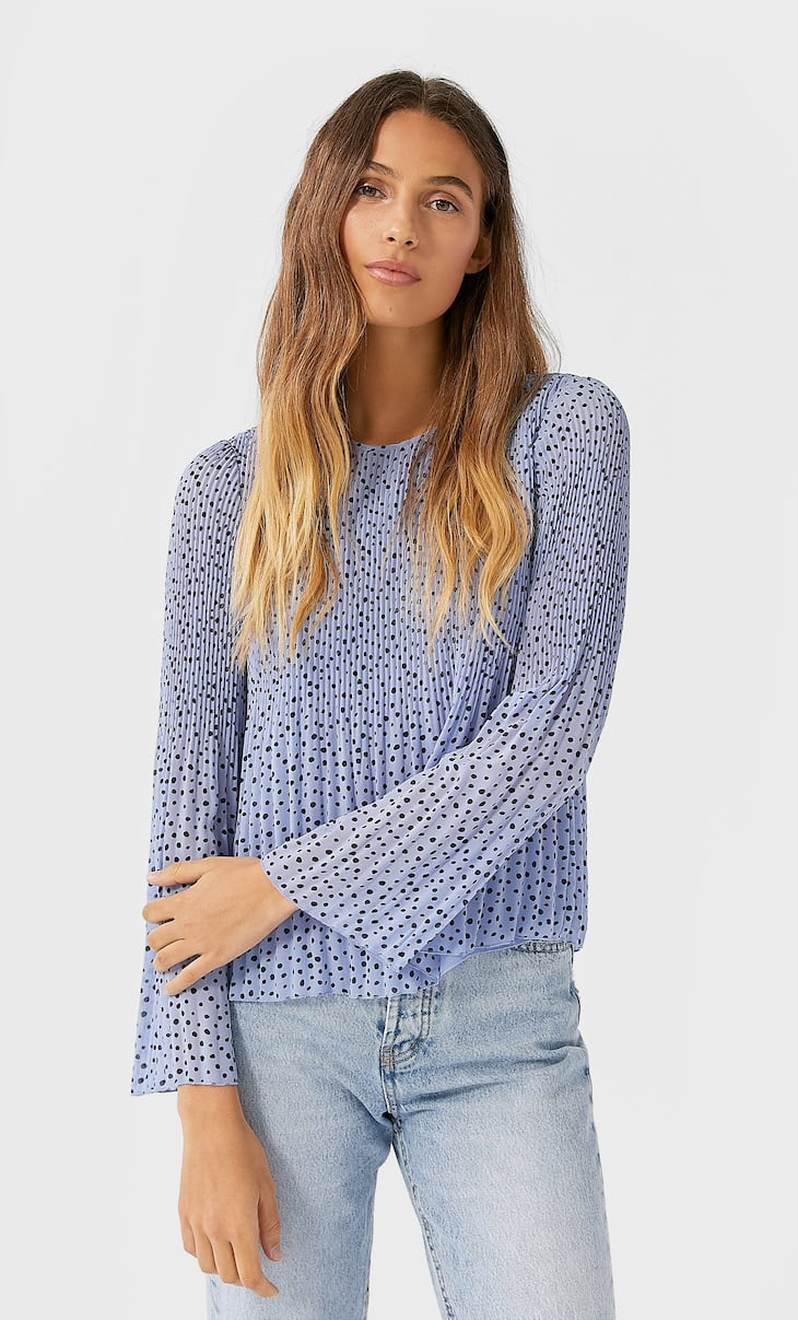 Pleated blouse with print