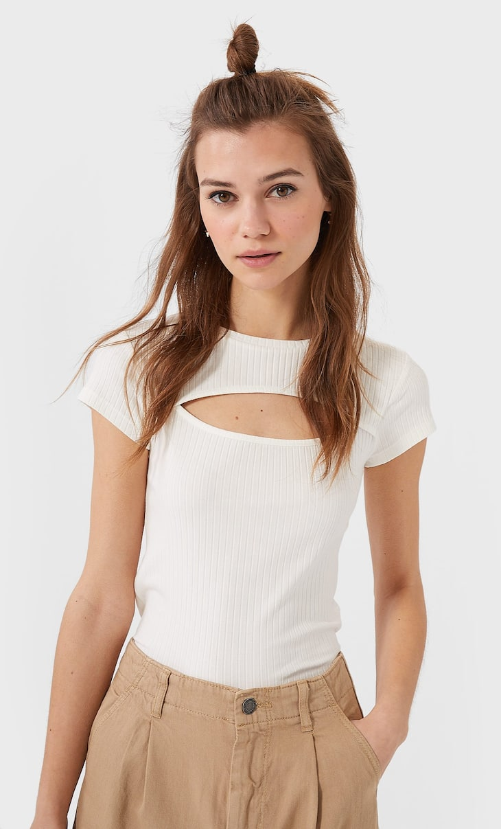 Cut-out neck T-shirt