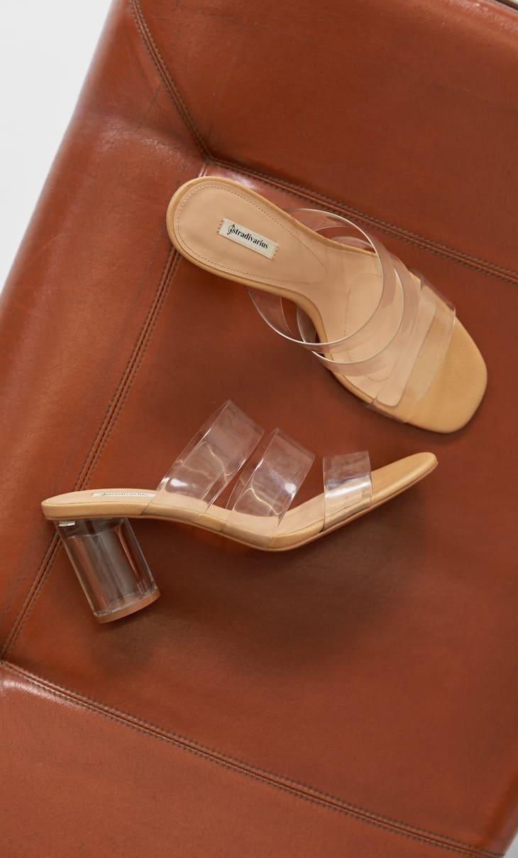 Sandali vinile con tacco