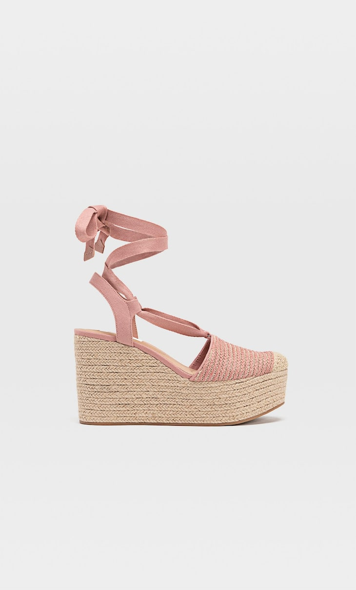 Jute wedges with ties
